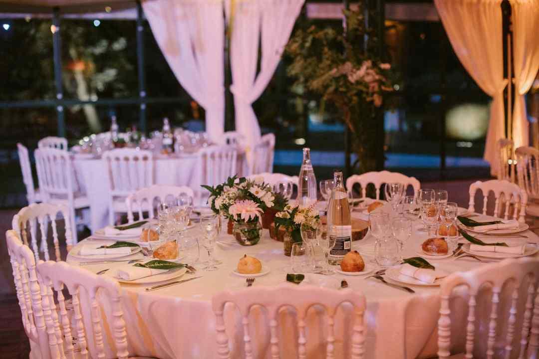 centre-table-invites-pastel-mariage