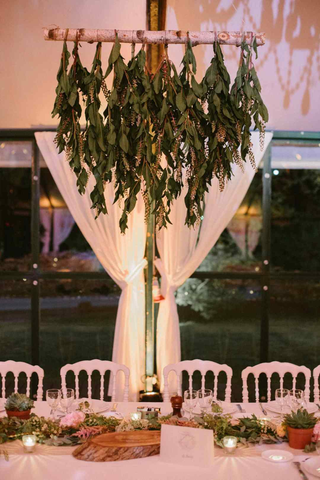 suspension-feuillage-table-honneur-mariage