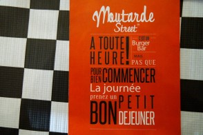 Moutarde Street, Saint Michel, les foodeuses, burger, cheesecake