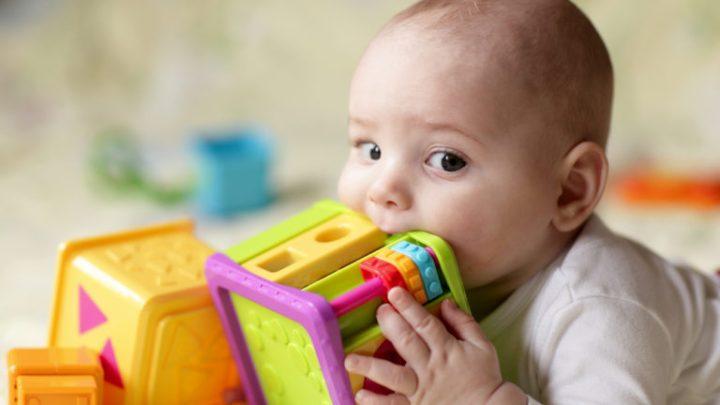 Le congé paternité de 10 jours minimum généralisé à toute l'UE