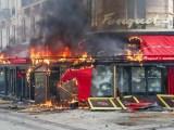 «Gilets jaunes»: un acte 18 marqué par un fort regain de violences à Paris – VIDEO