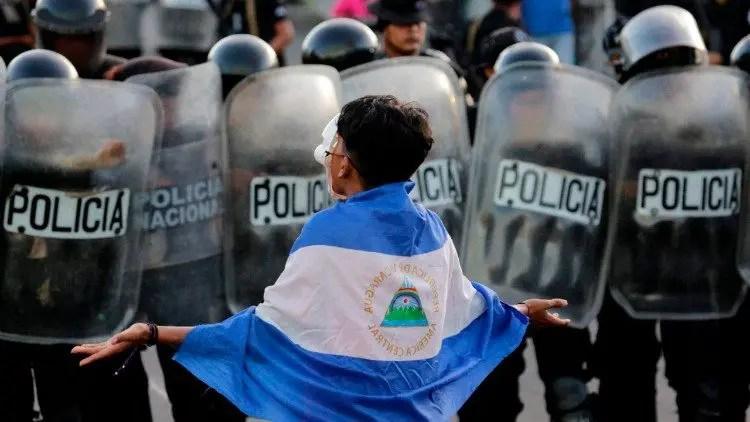 Nicaragua, Ortega s'accroche au pouvoir malgré les prières.
