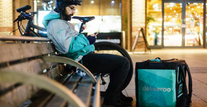Uber, Deliveroo : un business model menacé ?
