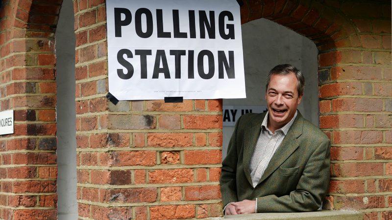 Les Britanniques se préparent à reculons aux élections européennes