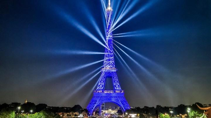 Tour Eiffel – 130 ans – Les vidéos du show par le Huffington post – Paris
