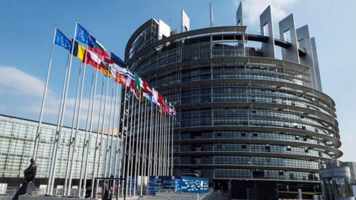 Recul des partis traditionnels au Parlement Européen – LREM permet aux libéraux de devenir les 3 ème groupe