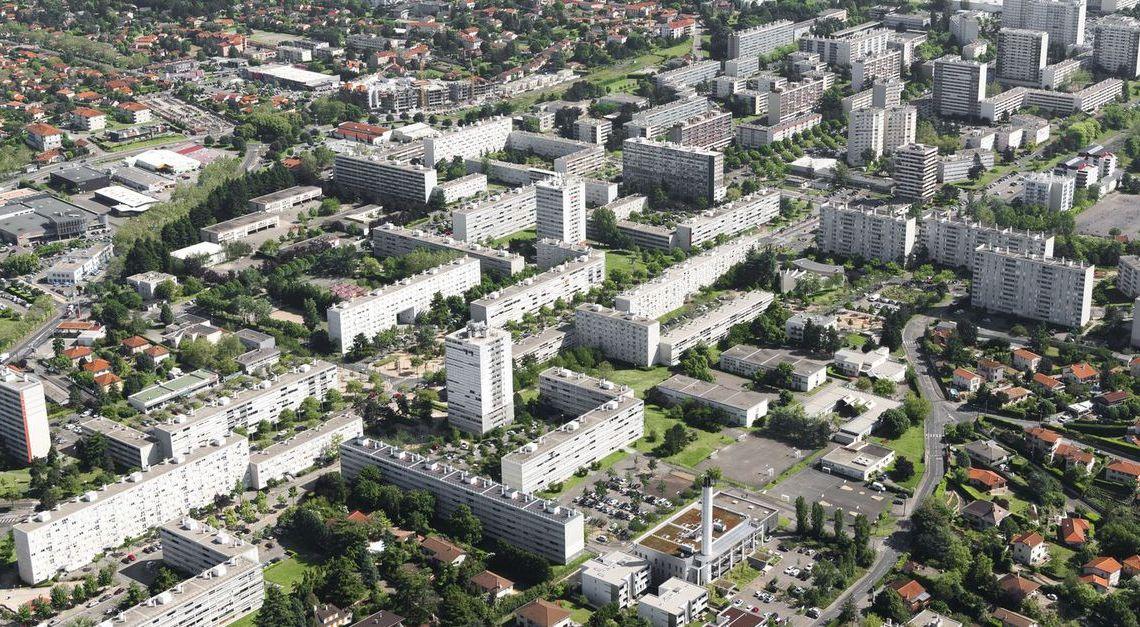 Un Français de Bahreïn au chevet des banlieues françaises