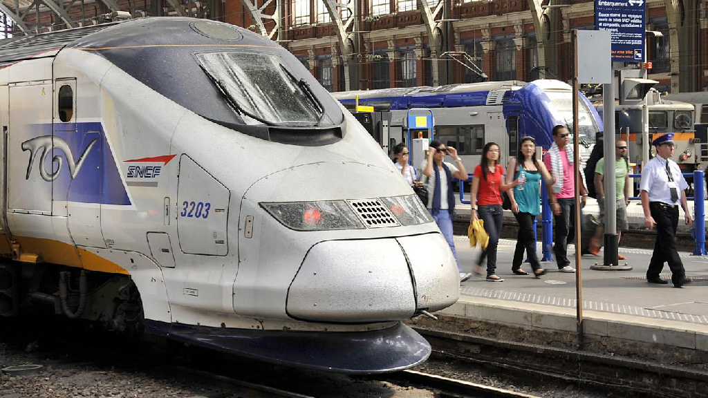 SNCF :  Décembre, une grève reconductible – vacances en péril ?