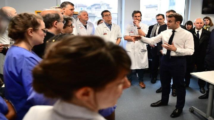 Les plaintes contre le gouvernement et sa gestion du coronavirus se multiplient en France