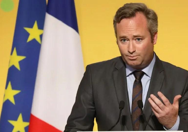 """""""L'été 2020 sera un été 'bleu blanc rouge'!"""", s'est félicité dans le Journal du dimanche Jean-Baptiste Lemoyne"""