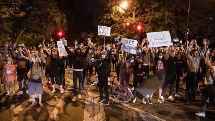Violences aux USA: ces Français au coeur du chaos