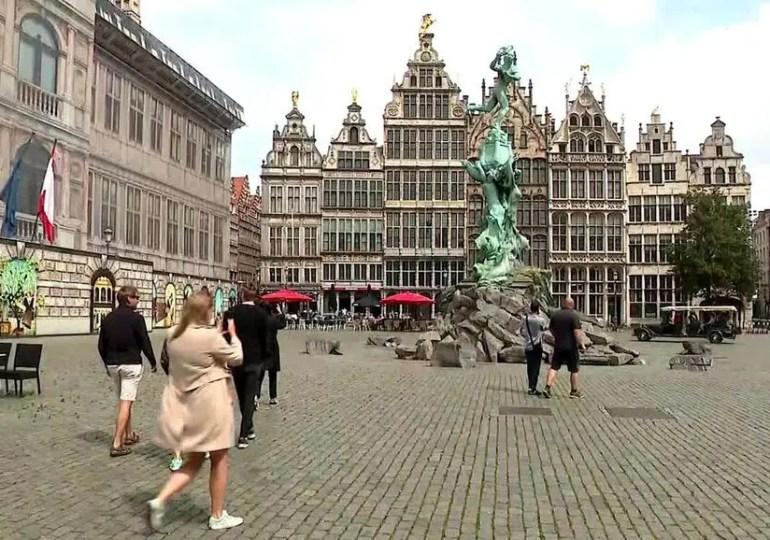 Coronavirus en Belgique : un couvre-feu mis en place à Anvers - Podcast Vidéo