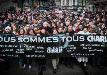 France : 5 ans après les attentats, que reste-t-il de l'esprit Charlie ? - Podcast Vidéo