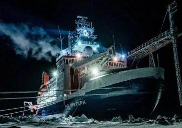 Retour du Polarstern de son expédition scientifique en Arctique