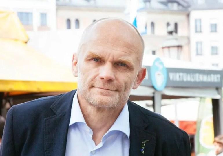 Fiscalité, et s'il existait une quatrième voie? Interview du député Modem Frédéric Petit.