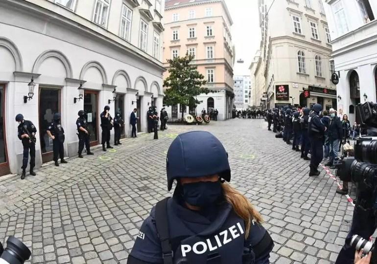 Autriche : les expatriés solidaires et choqués