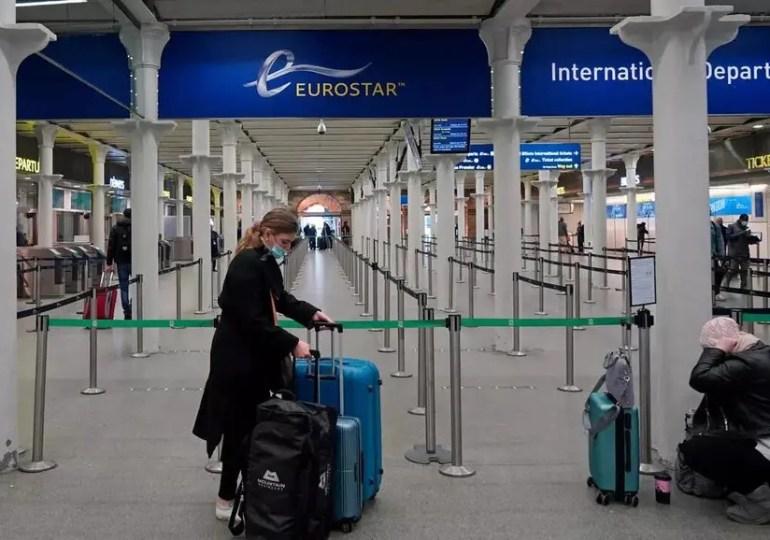 Virus : l'UE tente d'harmoniser l'isolement du Royaume-Uni et vaccinera dès dimanche