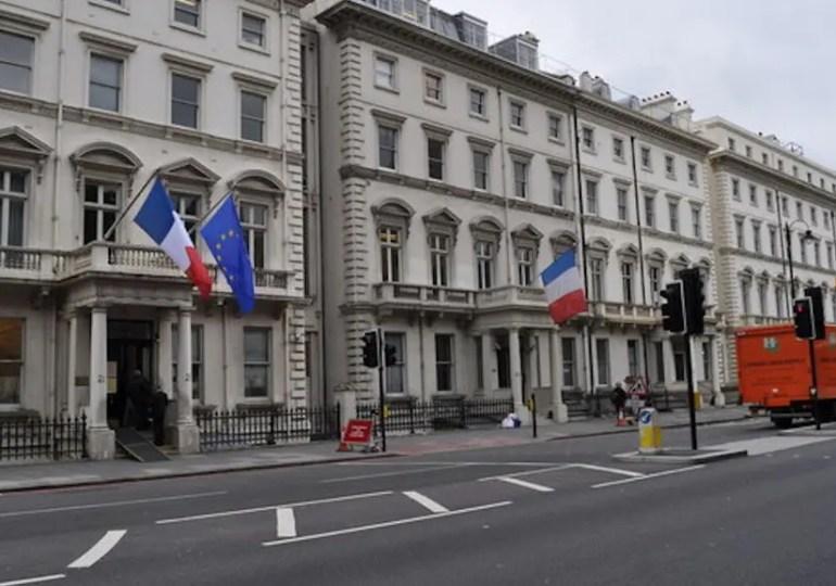 Londres : un consulat en mode dégradé