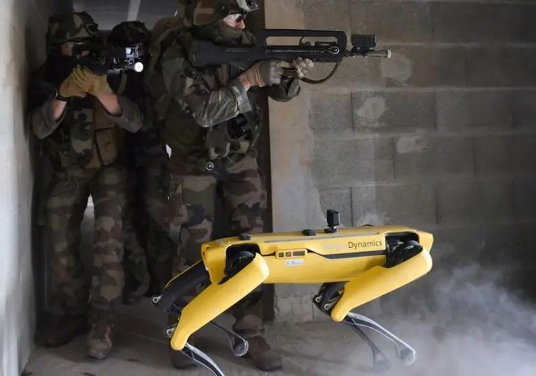 France : des robots en première ligne dans un exercice militaire