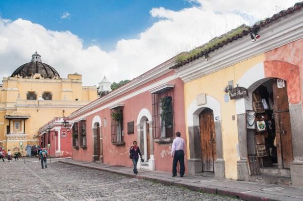 Rue principale d'Antigua