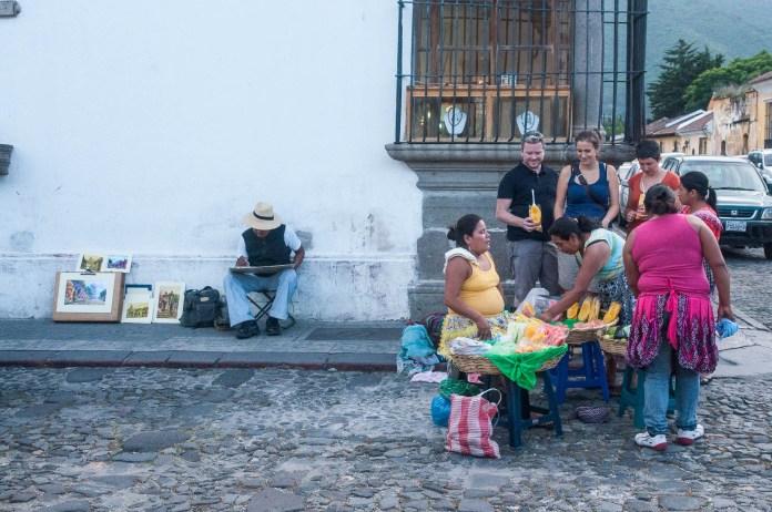 Antigua vendeuse fruits peintre Guatemala