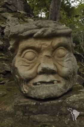 Tête sculptée, Copan Ruinas