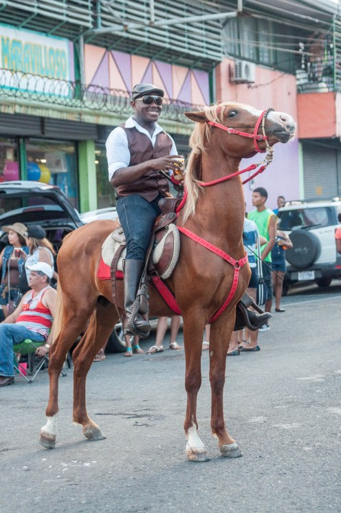 puerto limon cheval homme