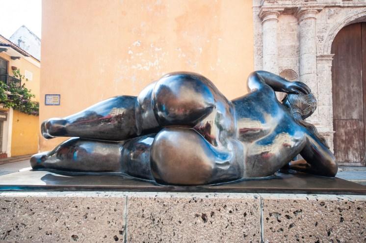 Sculpture de Botero côté face