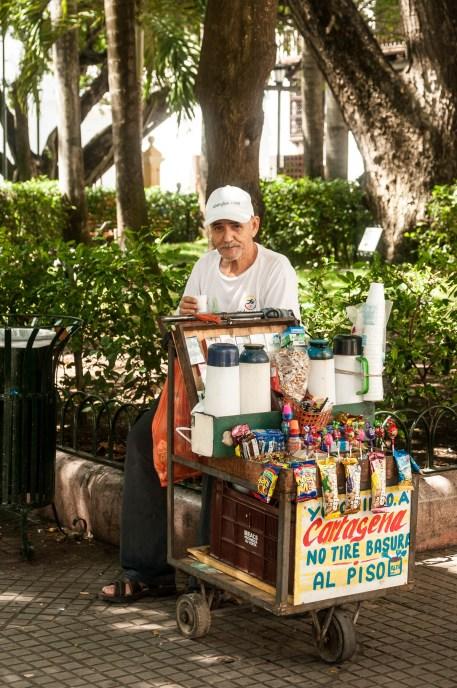 Vendeurs de café y mucho mas