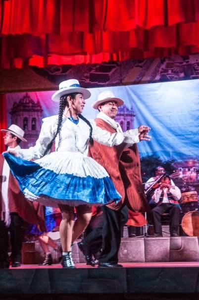 Danseuse péruvienne