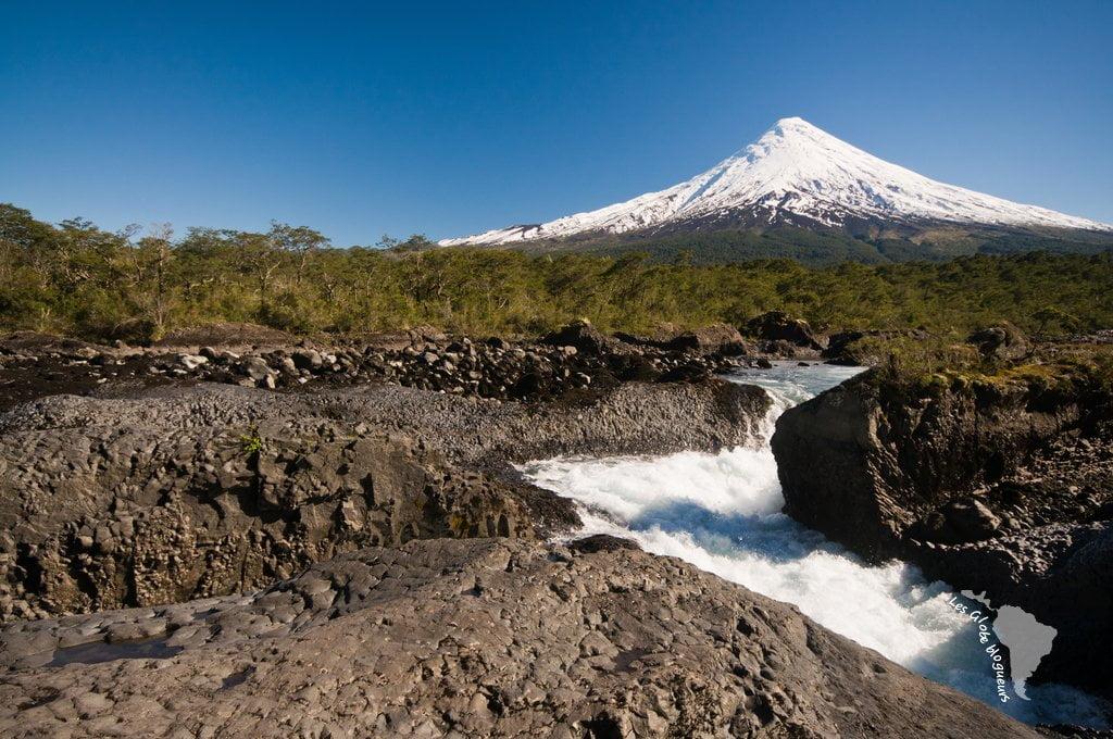 petrohue cascade volcan osorno