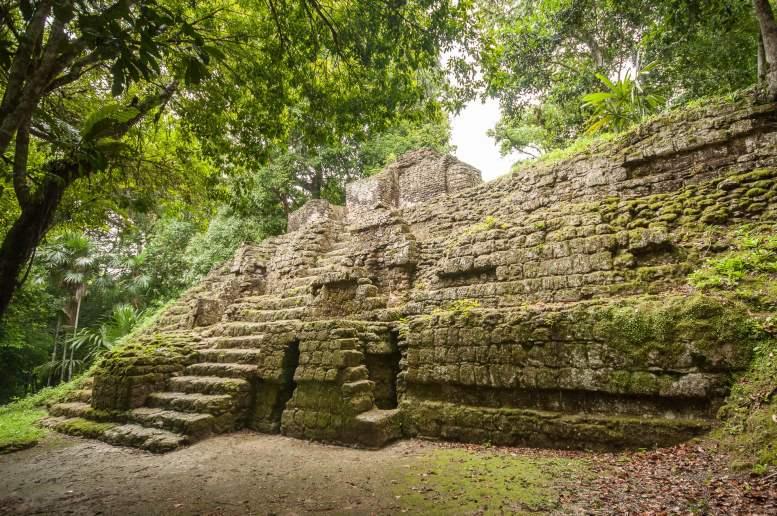 tikal édifice monument