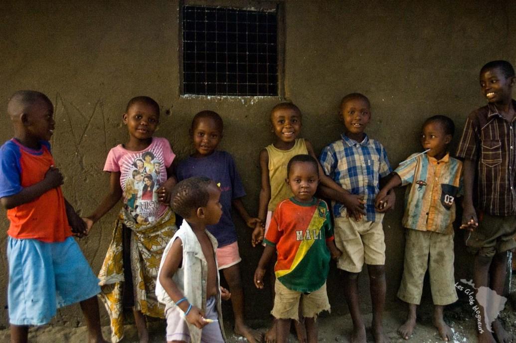 enfants village tanzanie