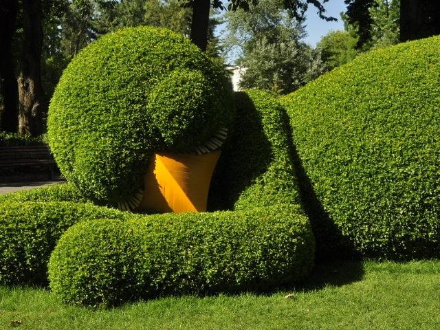 Création végétale de Claude Ponti - Le célèbre poussin - Voyage à Nantes 2015