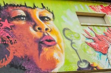 street-art-elaboratoire-fille