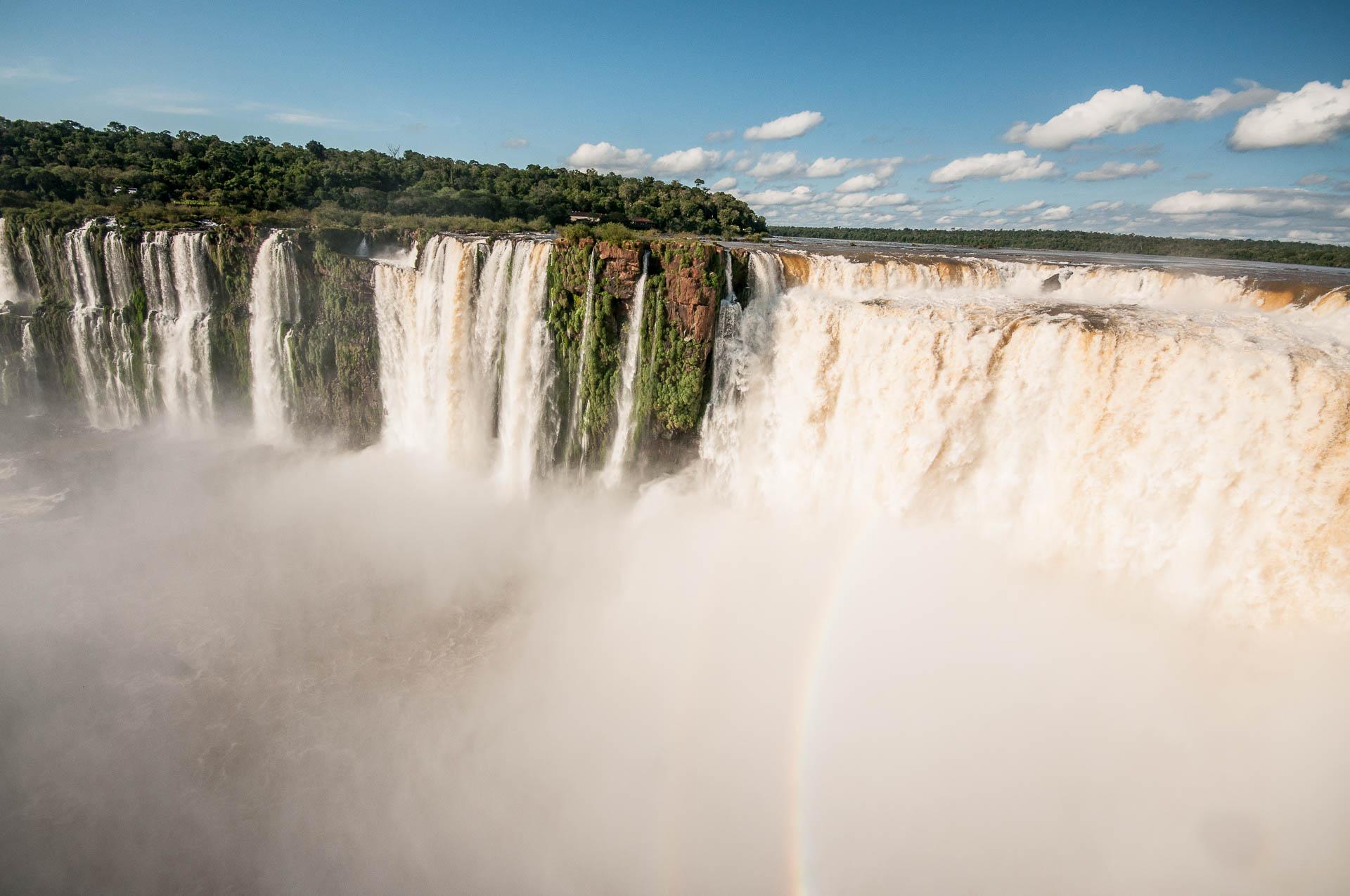 Brume sur la garganta del diablo. Parc national des chutes d'Iguazu
