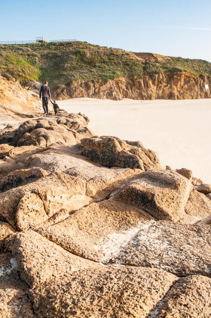 Praia malhao chemin rocher