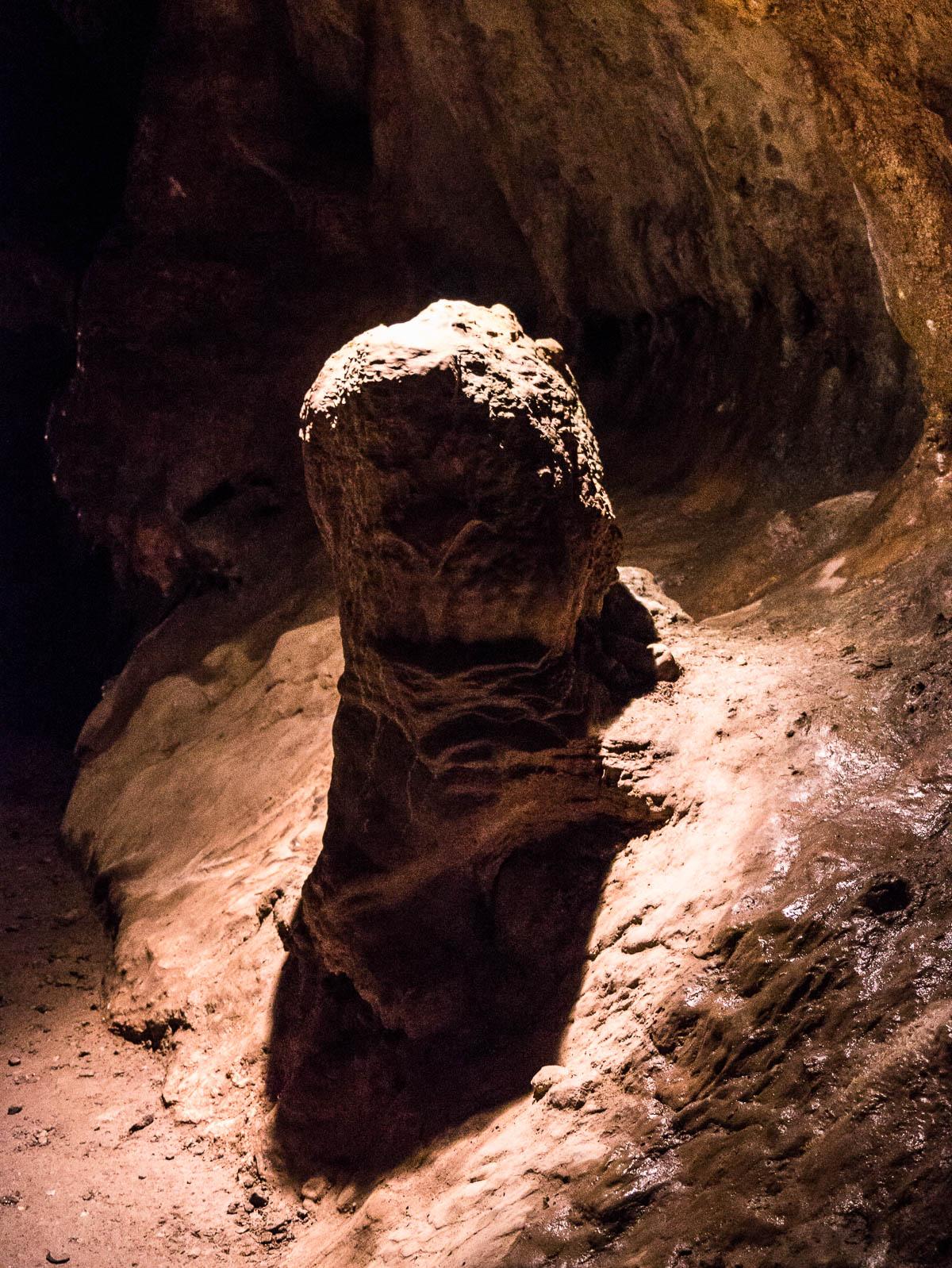 roche calcaire grottes margot saulges bis