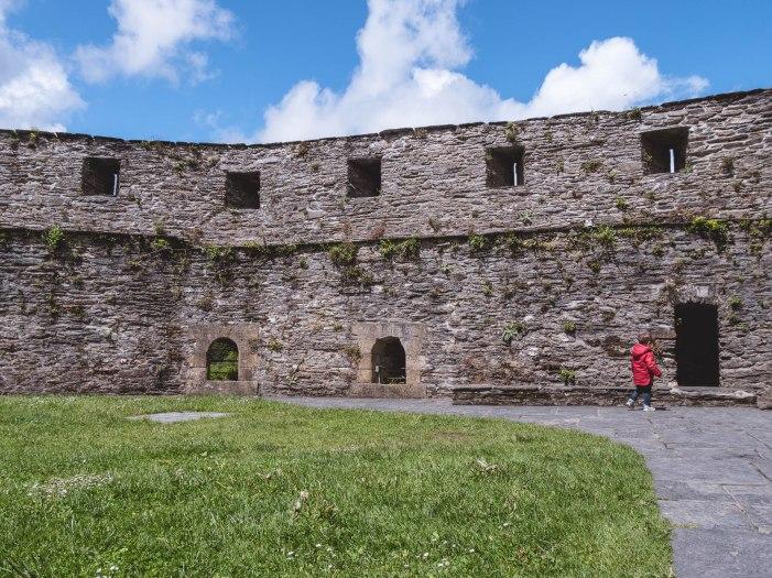 Bouillon château rempart hélio