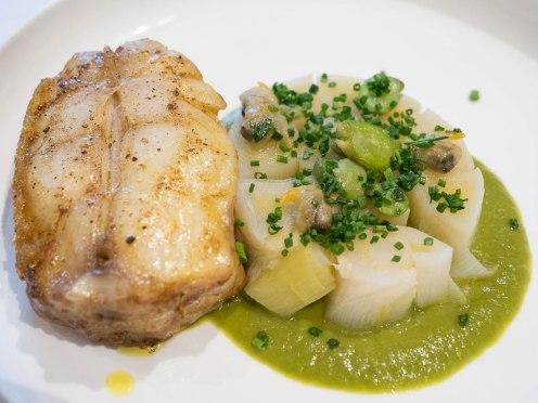 Plat gastronomique restaurante pointe saint mathieu