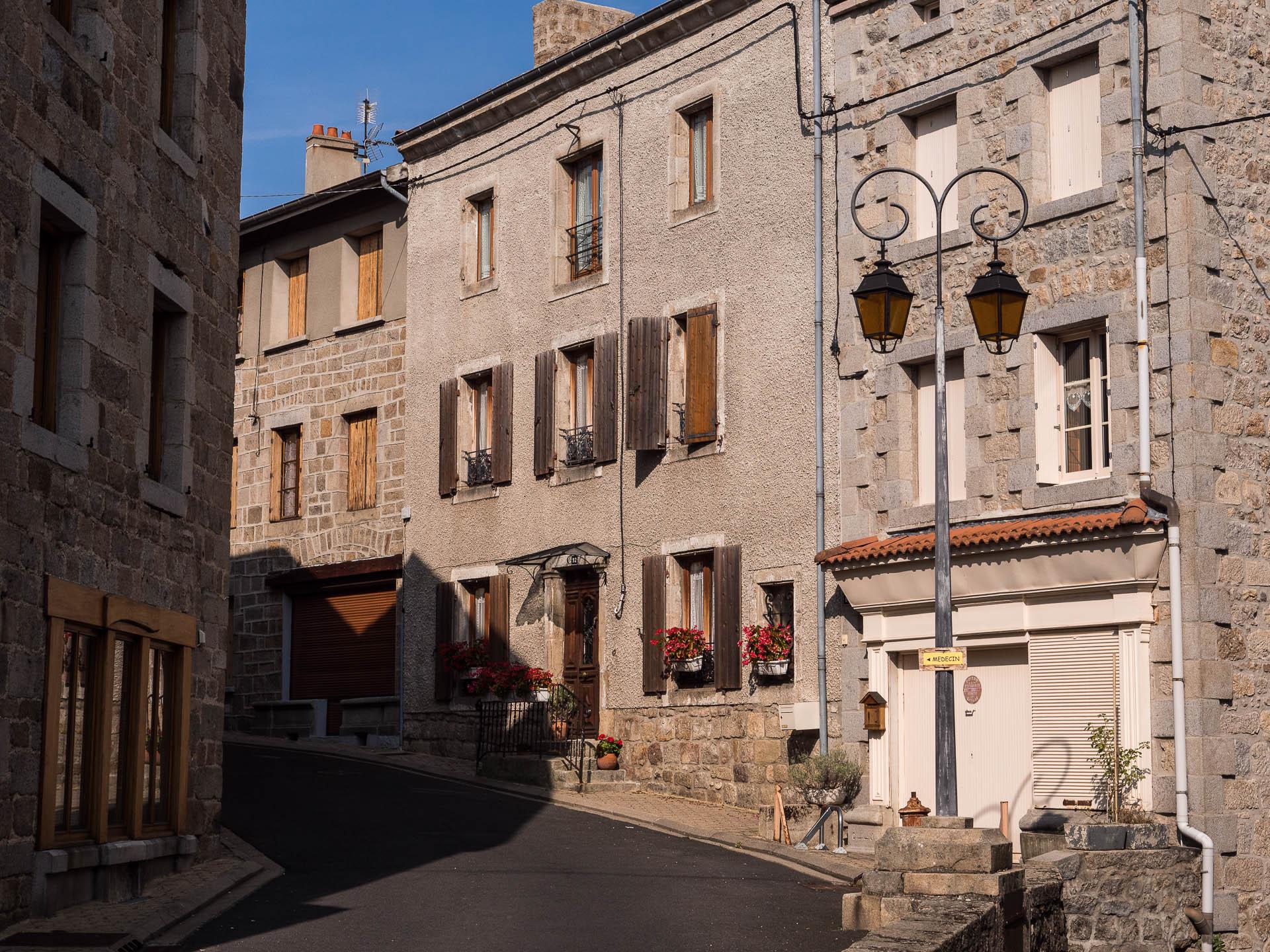Village de Lapte, étape de la via fluvia en Haute Loire