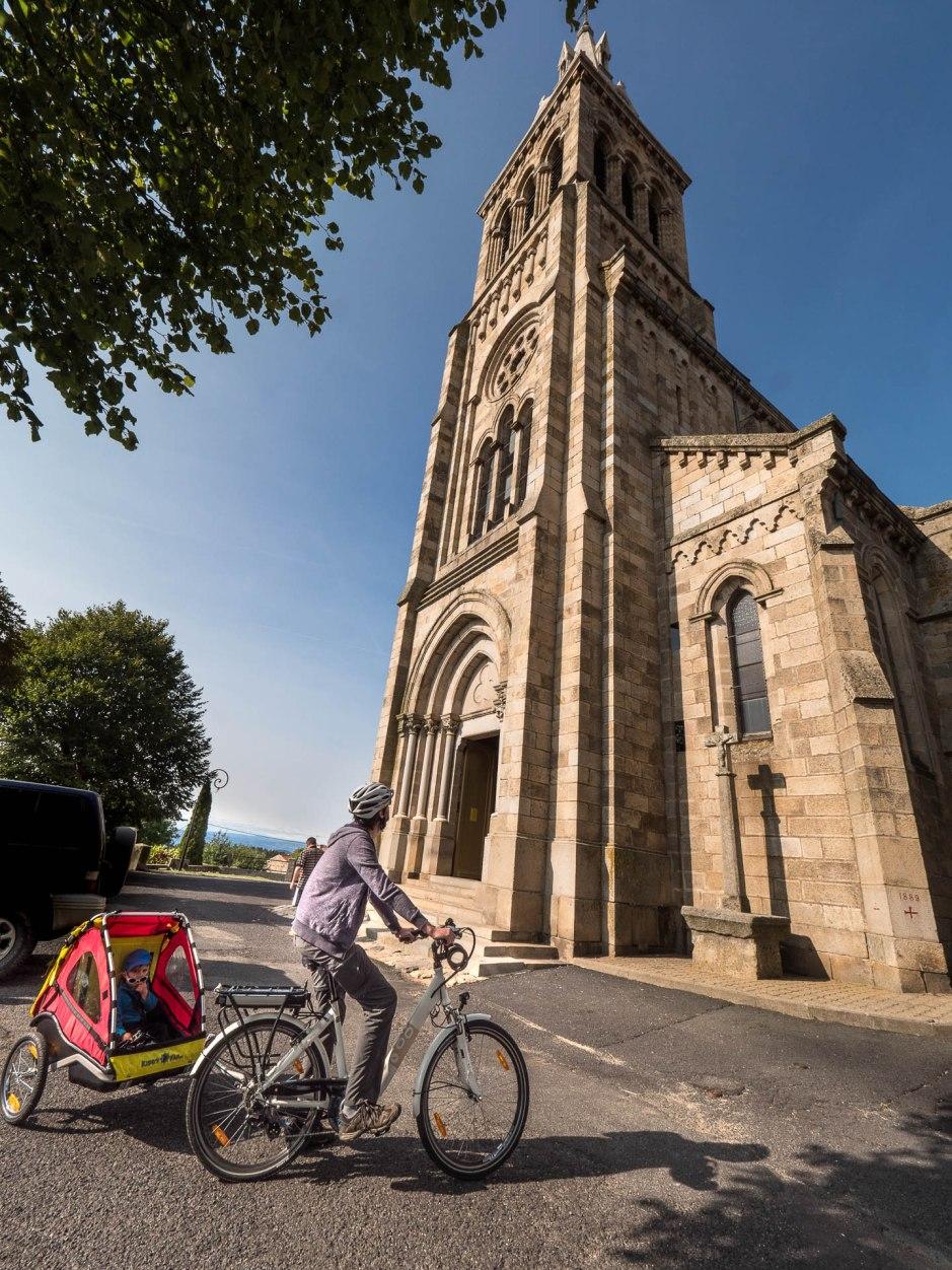 église de lapte neo gothique