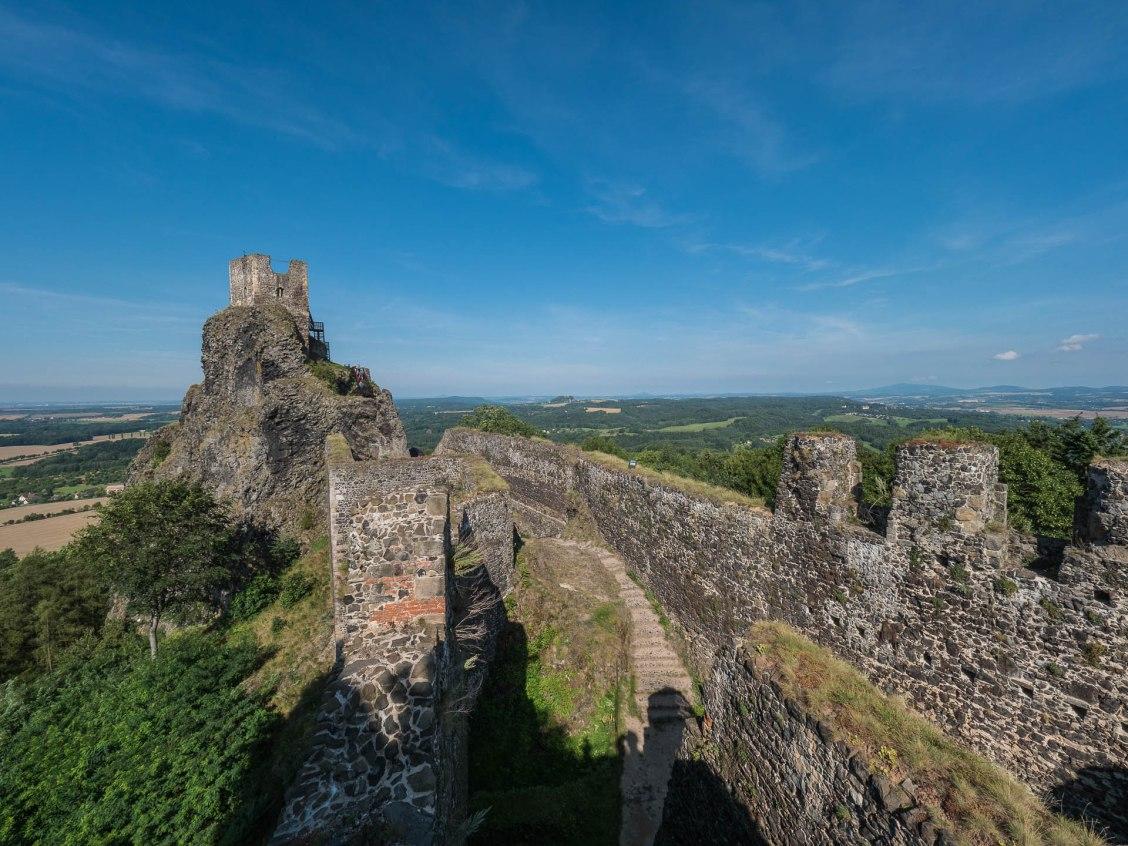 Trosky chateau