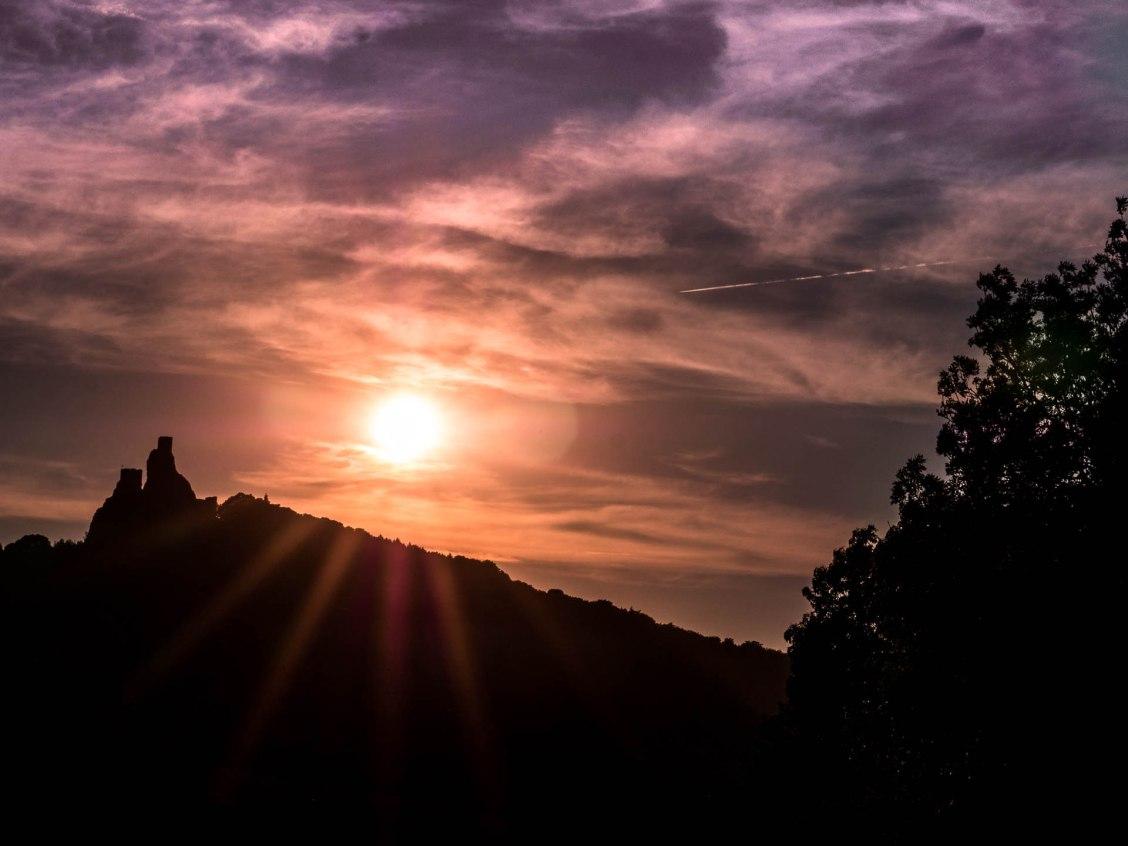 Trosky coucher de soleil