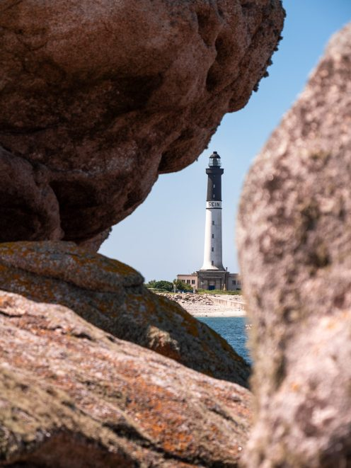 Phare du Goulenez sur l'île de Sein dans le Finistère