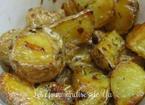 Pommes de terre confites à l'ail, aux épices et herbes de provence