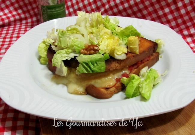Croque-monsieur chèvre - jambon, basilic et noix LGY