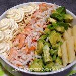 Salade de pâtes, avocat, crevette et sauce mascarpone