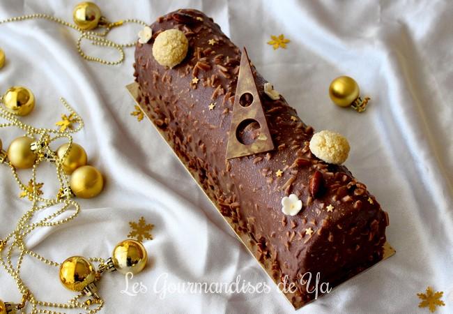 Bûche praliné, vanille et chocolat LGY 01