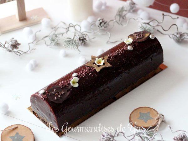 Bûche poire, stracciatella et chocolat LGY 01